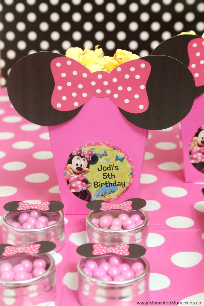 Minnie Mouse birthday party favors made with FREE printable Minnie ears
